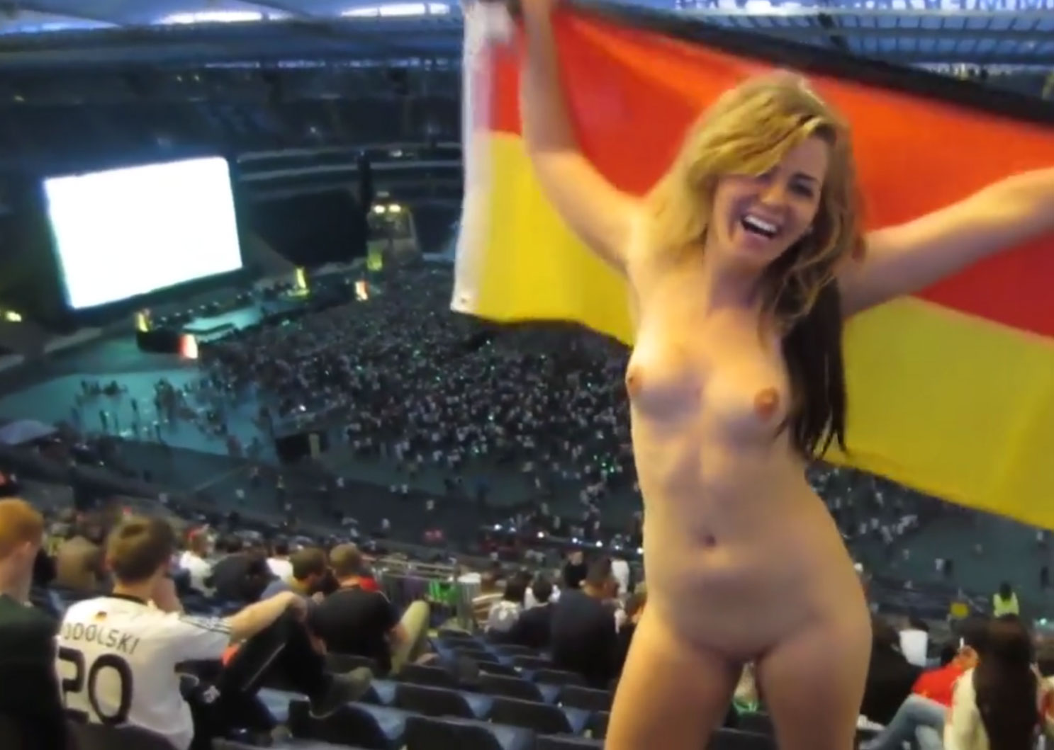 Blonde Flashing - Totally naked at a Stadium